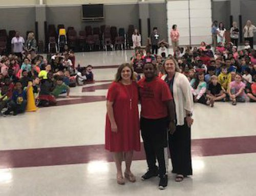 Former Harlem Wizards Speaks to NAES Students