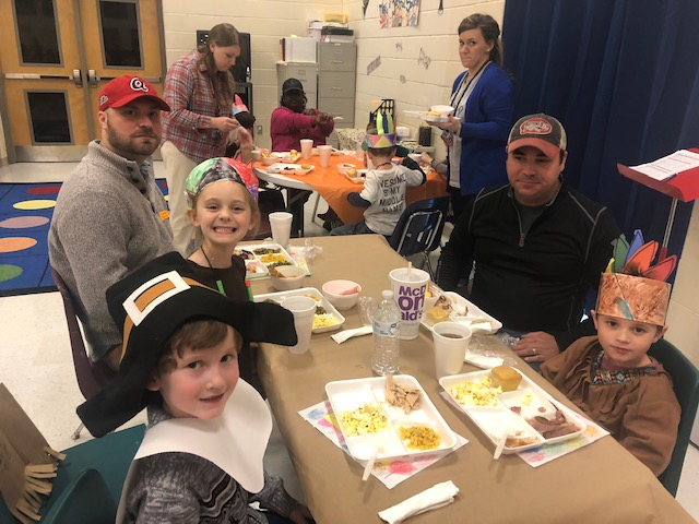 PreK Thanksgiving Feast - New Albany Schools